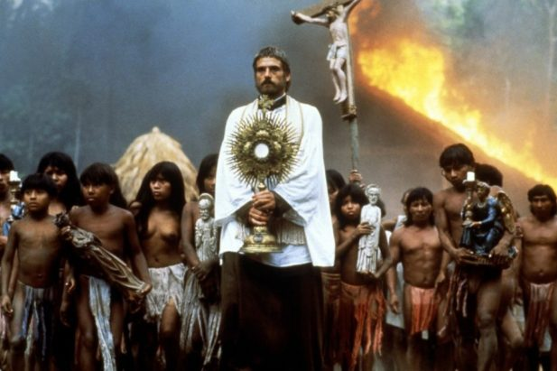 the-mission-roland-joffe-critique-jeremy-irons-1155x770.jpg